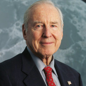 Captain Jim Lovell to Keynote NUCA 2015 Convention