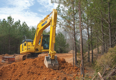Komatsu America Corp. Introduces The New PC210LC-11 Hydraulic Excavator