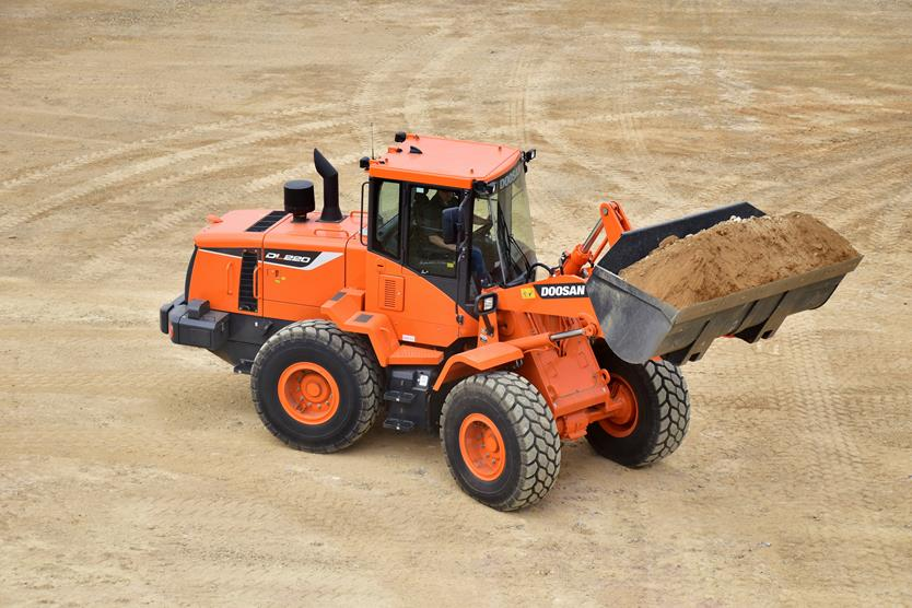 Doosan Introduces Its New DL220-5 Wheel Loader