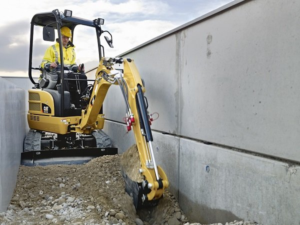 Caterpillar to Design and Manufacture Full Line of Mini Excavators as Alliance with Wacker Neuson Is Phased Out