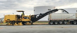cat-pm622-cold-planer-at-work