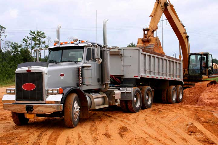 Safe Dump Truck Operations Are Vital to the Industry