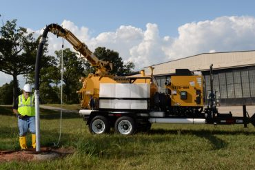Vermeer VX75-800 Vacuum Excavator With Boom by McLaughlin 2